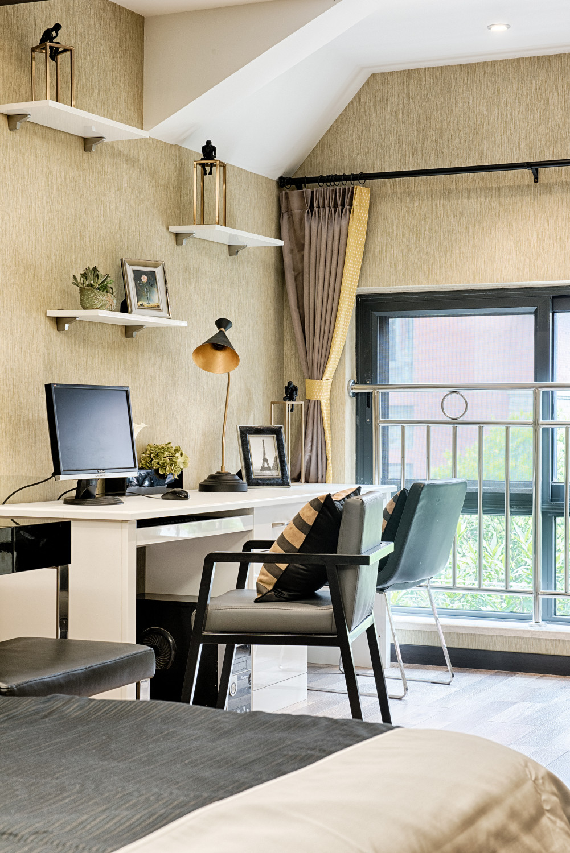 120㎡现代风格家卧室工作区