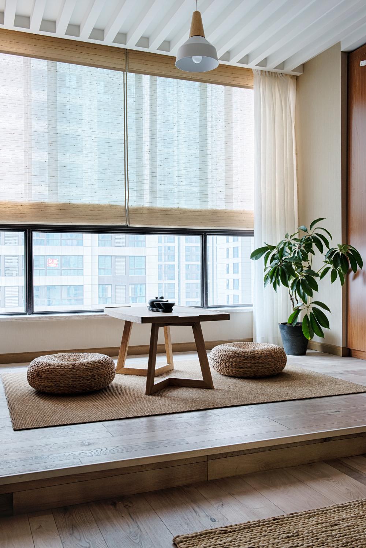 日式三居装修阳台设计图