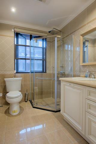 美式复式装修卫生间设计图