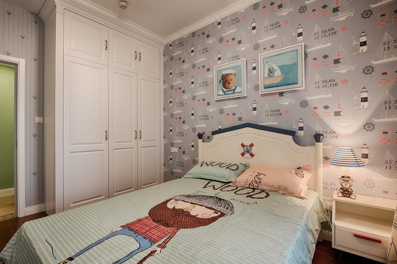 三居室美式风格家衣柜图片