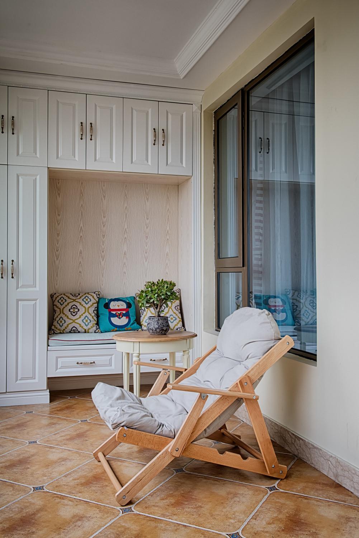 三居室美式风格家阳台设计图