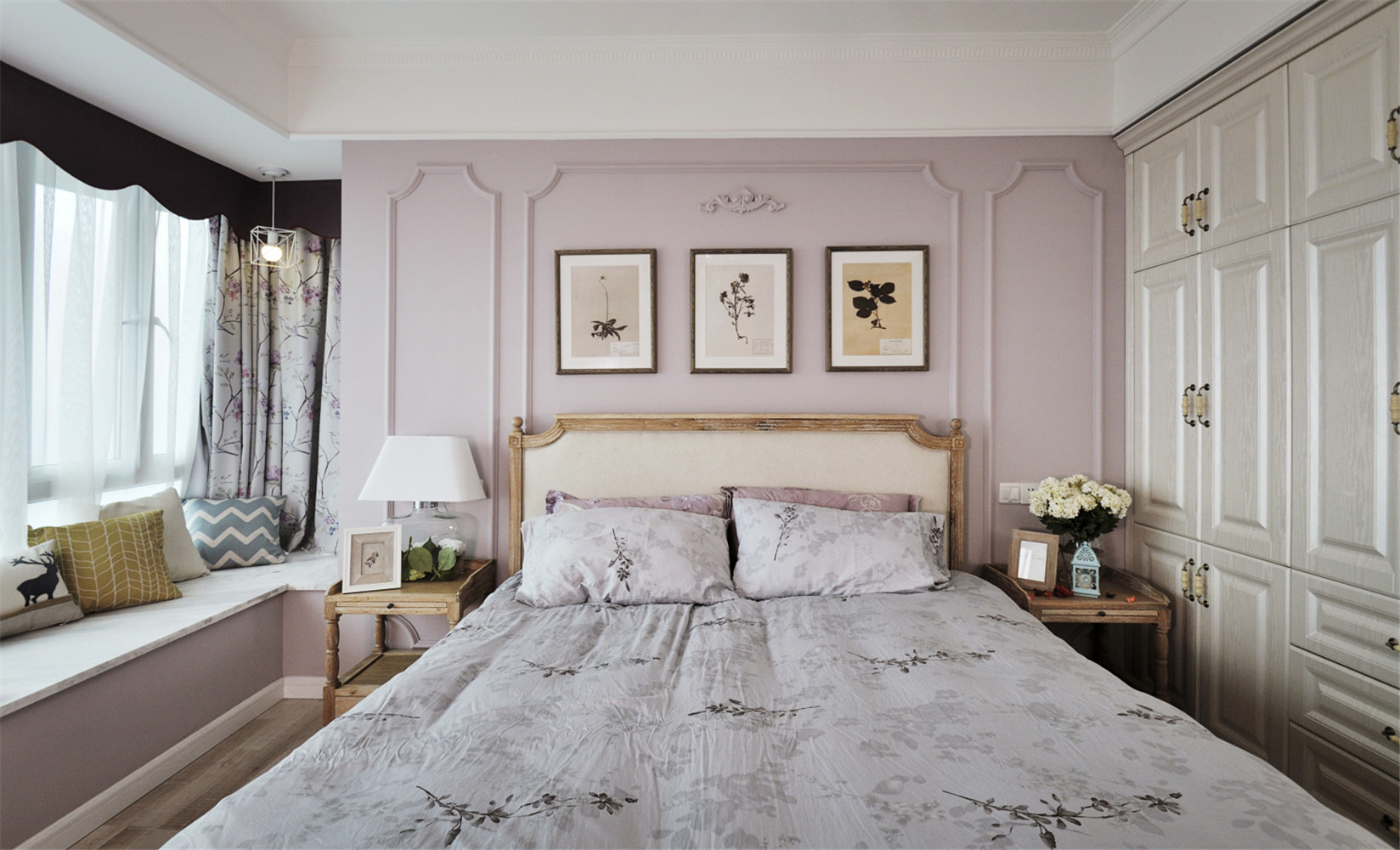 清新小法式四房装修床头背景墙图片