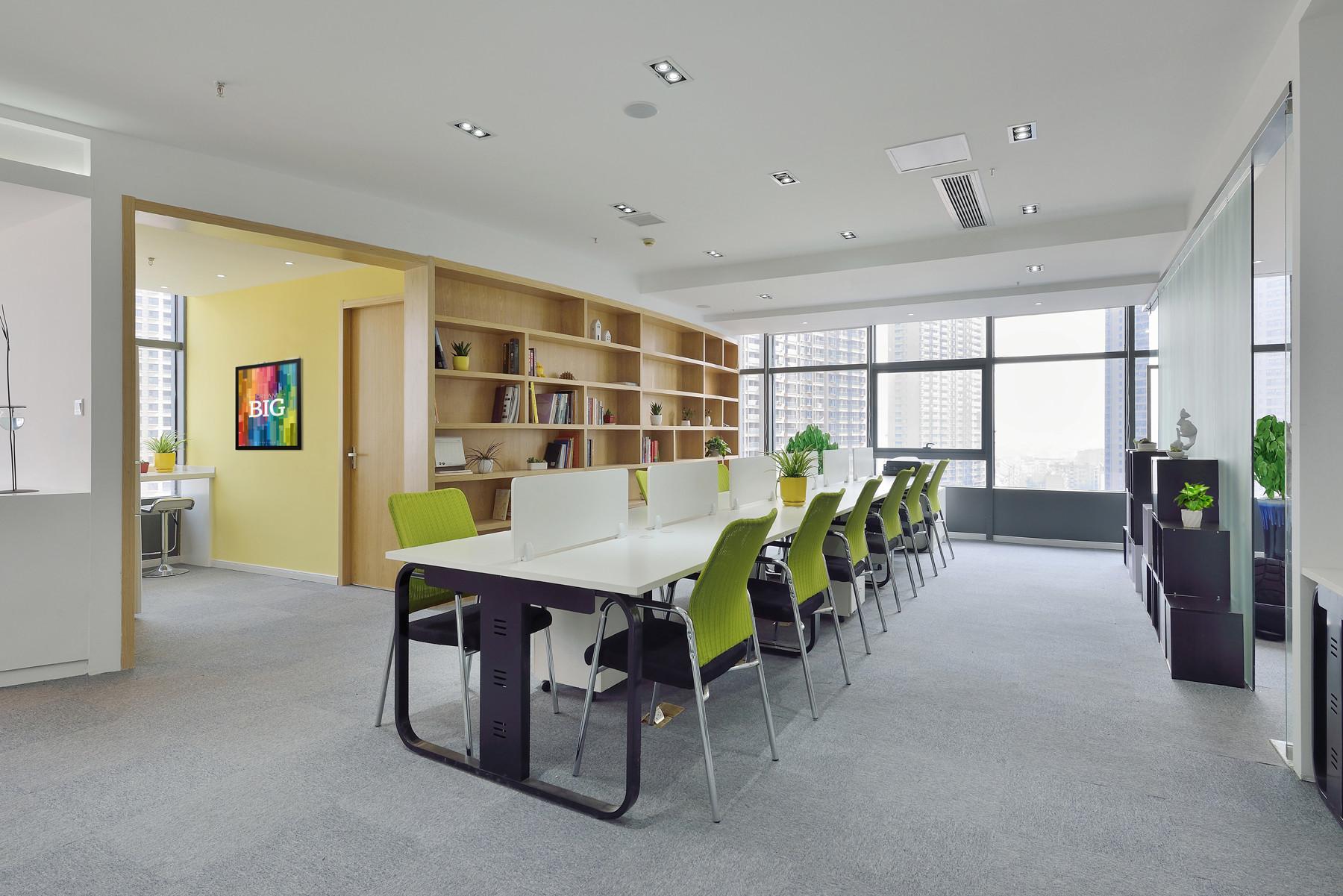 现代简约办公室设计办公区布置图