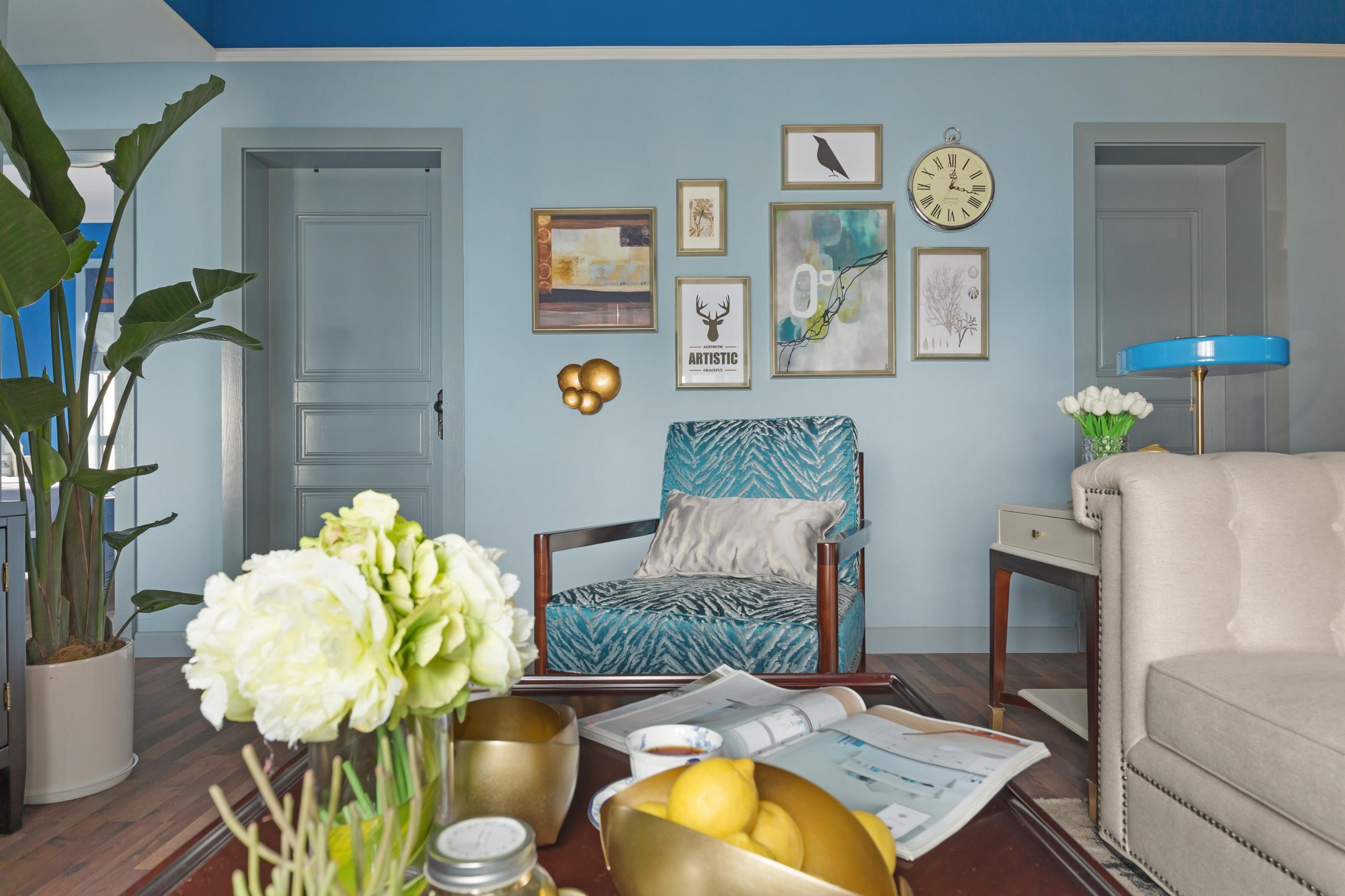 86平美式风格家沙发背景墙图片
