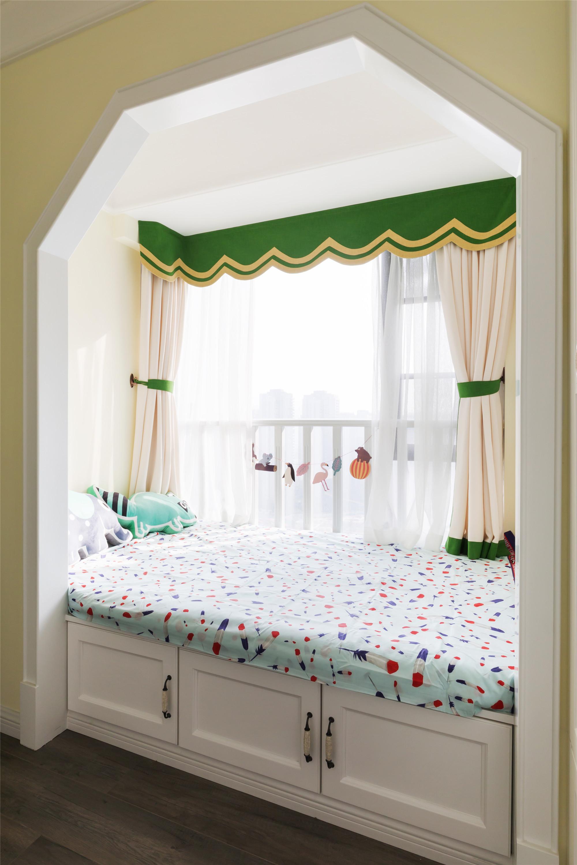 现代美式装修儿童房榻榻米设计