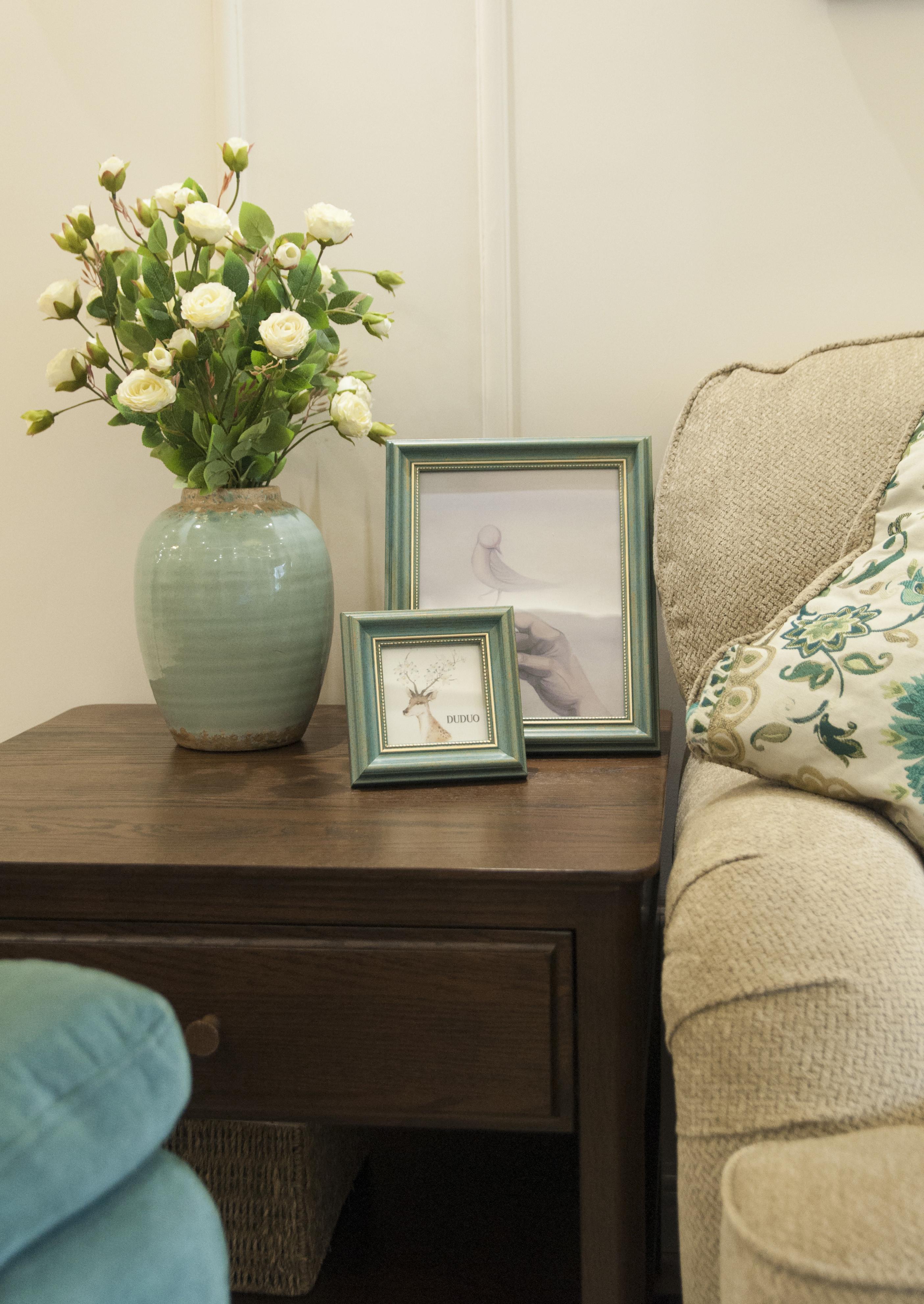 美式二居装修花瓶装饰