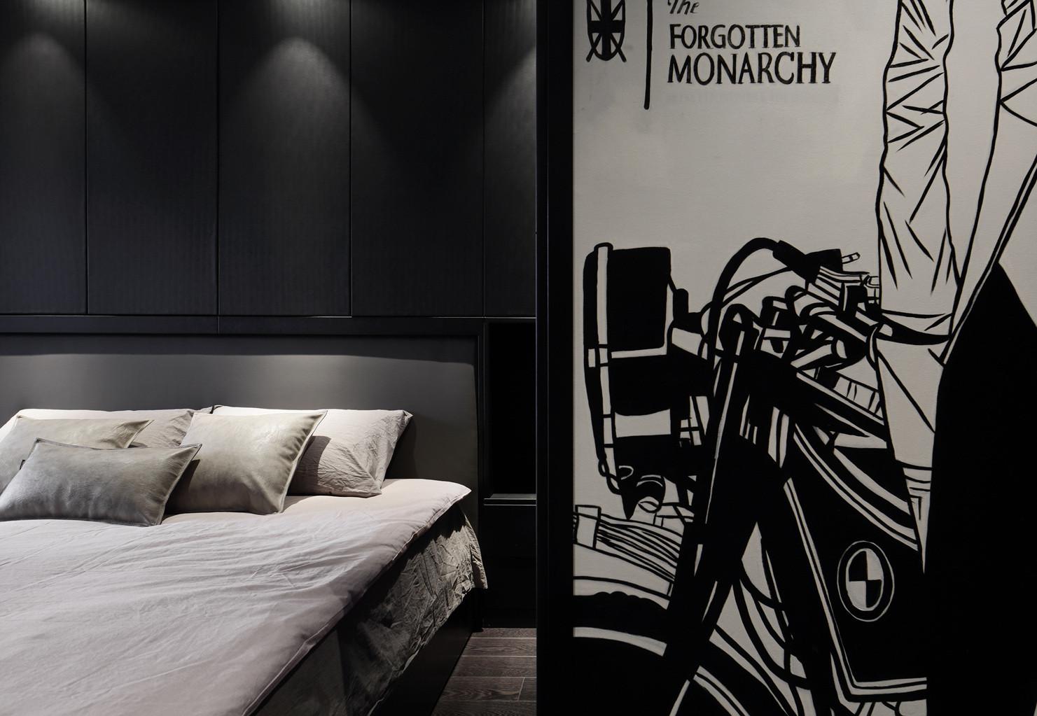 黑白灰三居设计装饰画图片