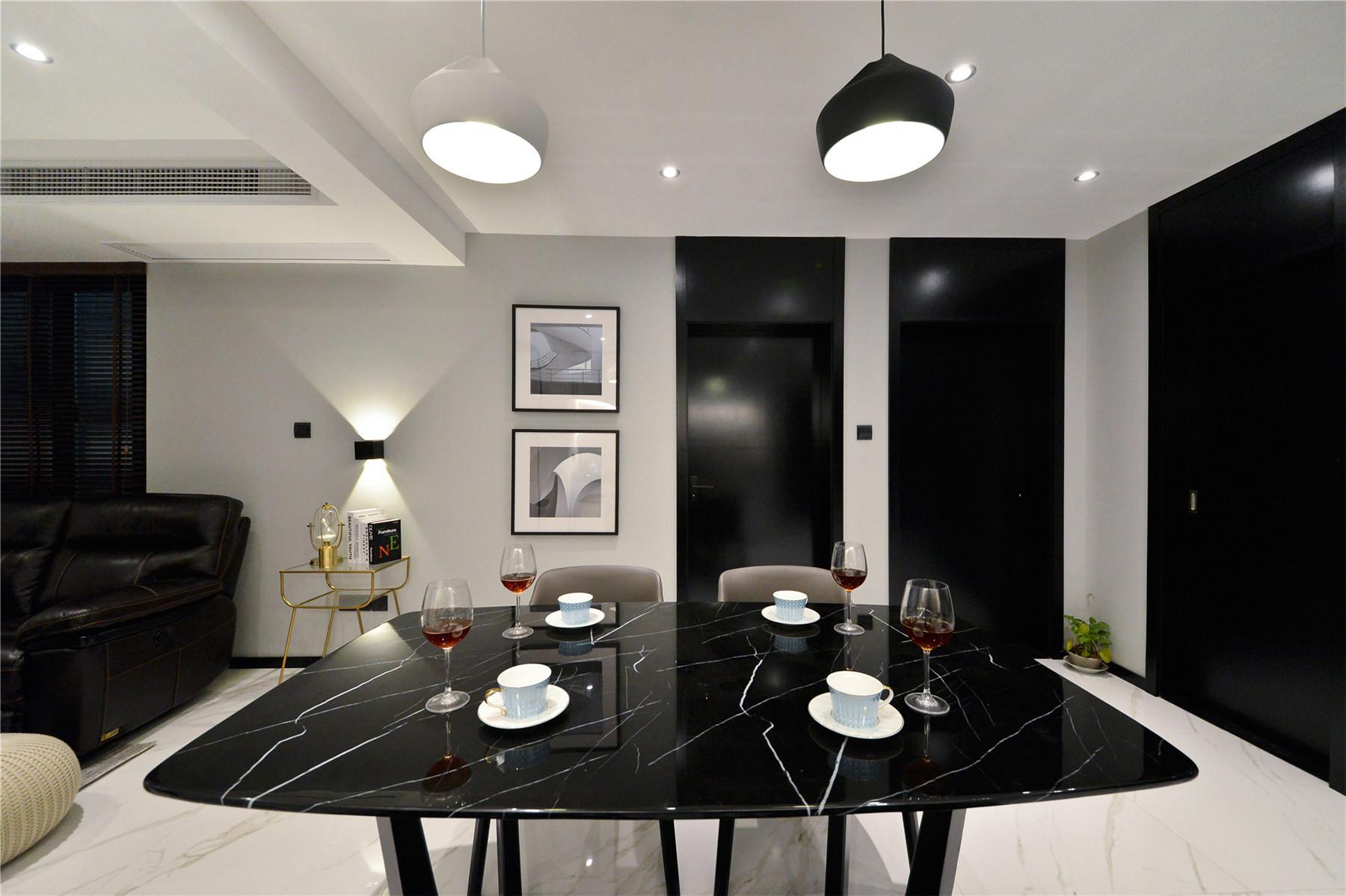 黑白简约风装修餐桌图片