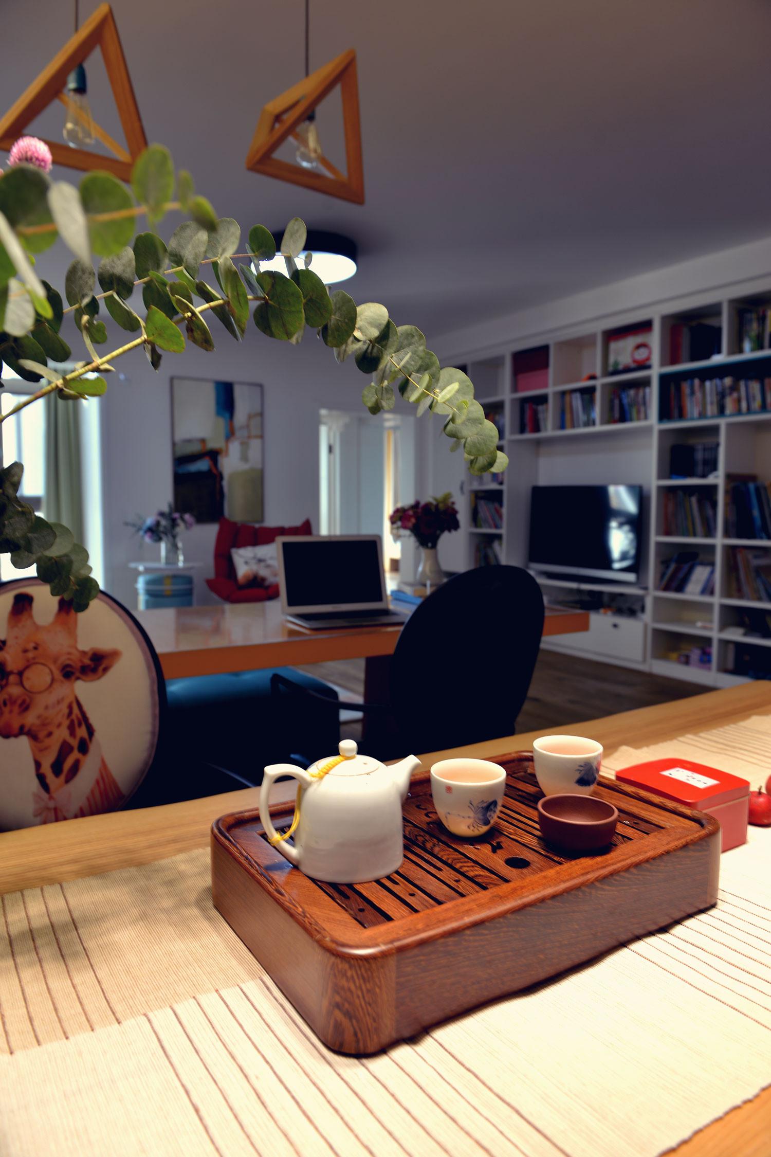 北欧风格三居装修小茶台图片