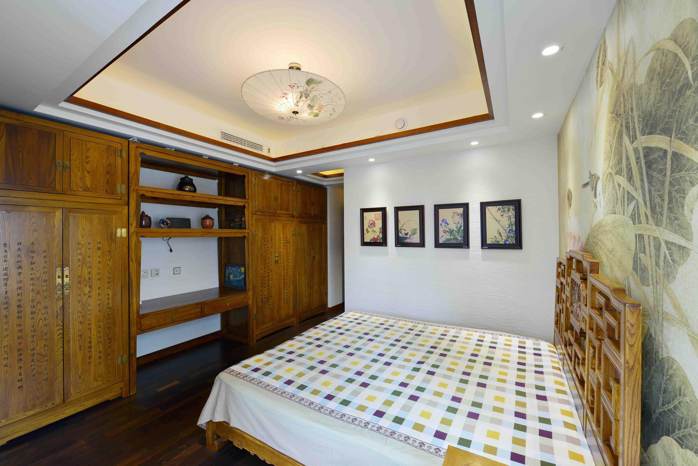 新中式三居装修卧室设计图