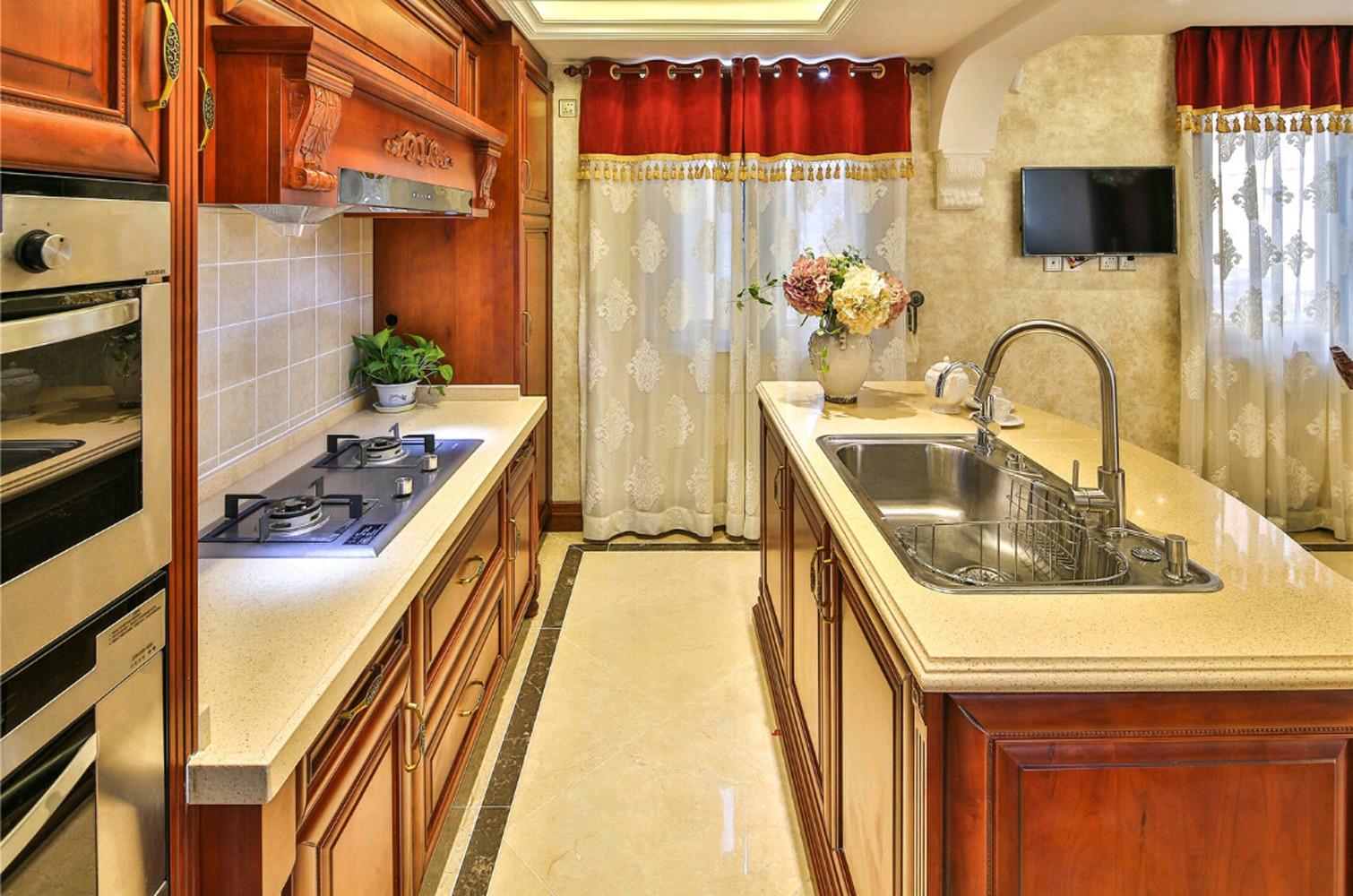 欧式别墅装修厨房欣赏图