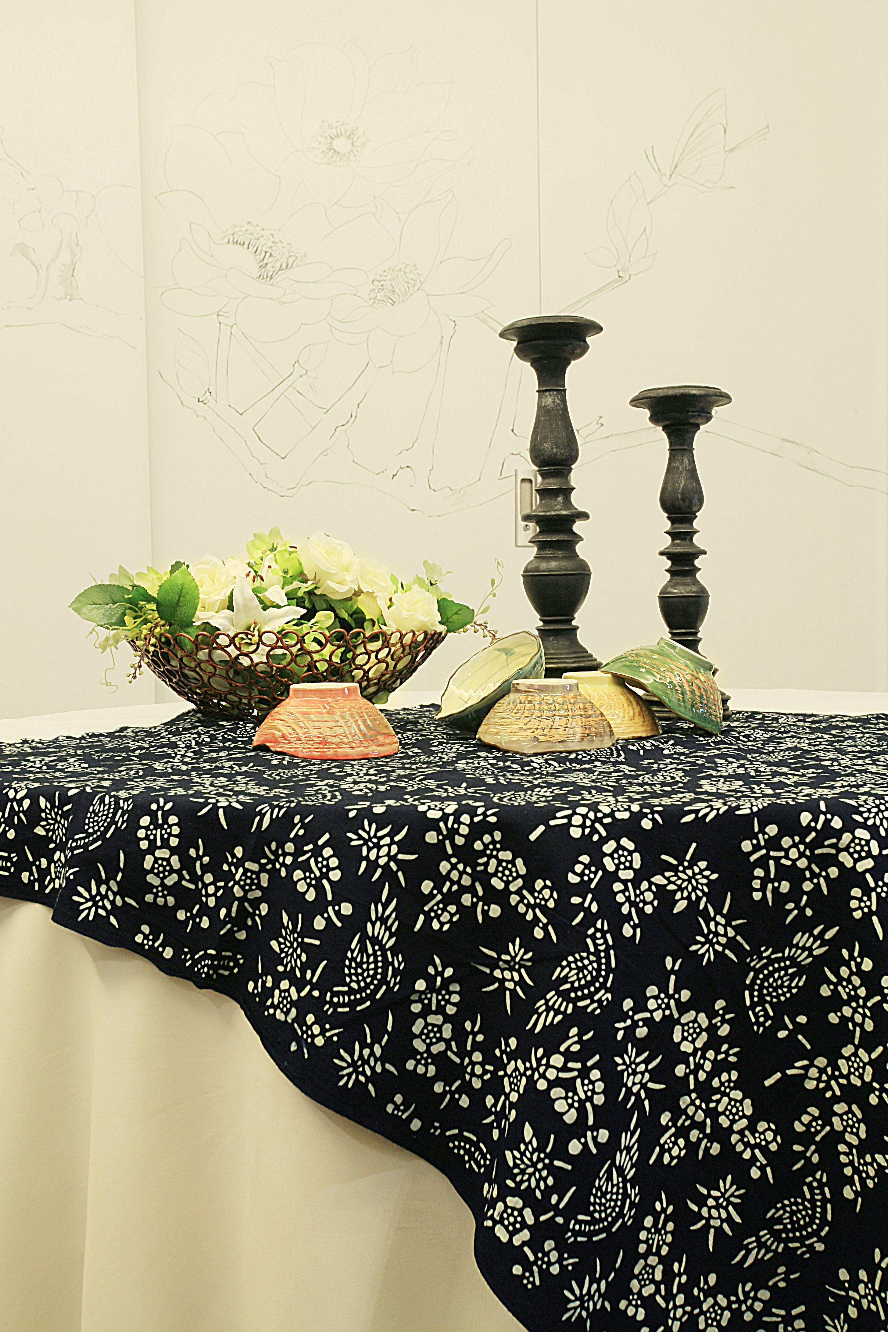110平中式装修餐桌特写