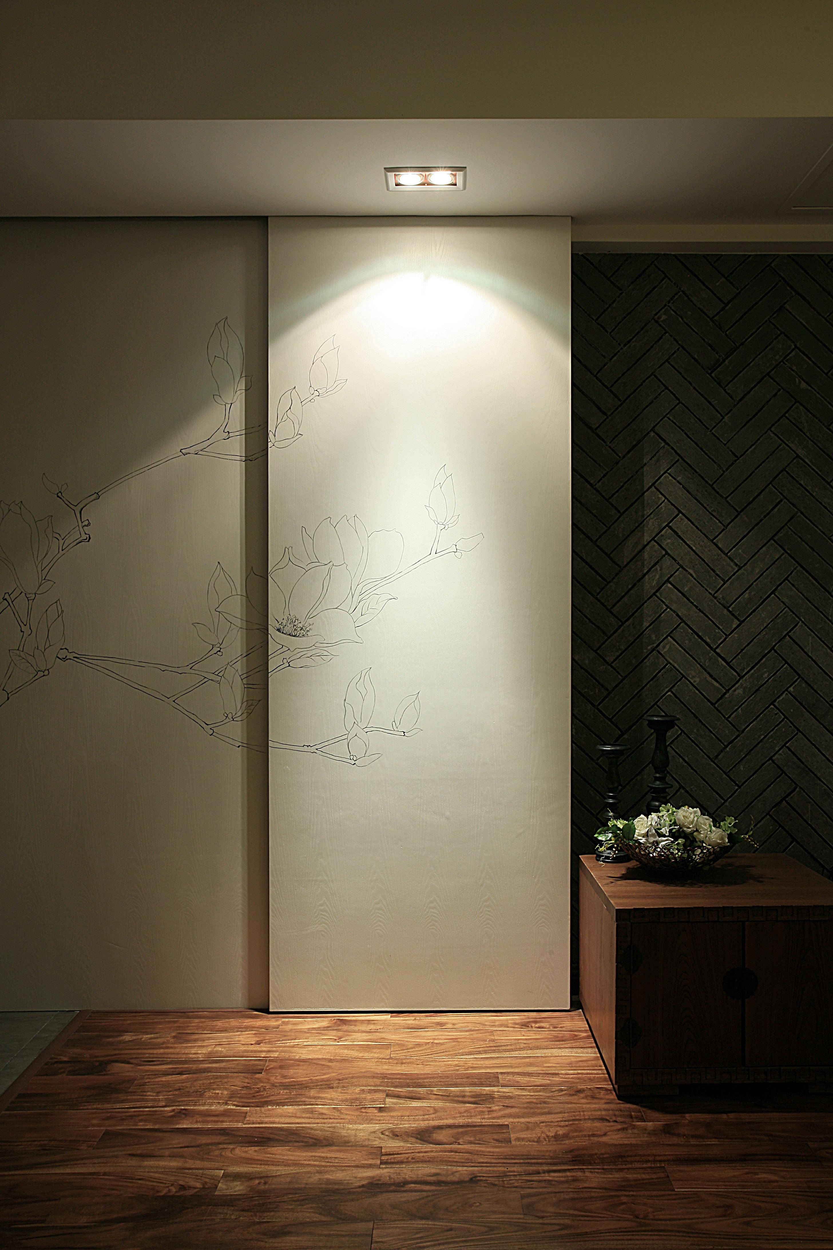 110平中式装修手绘墙图片