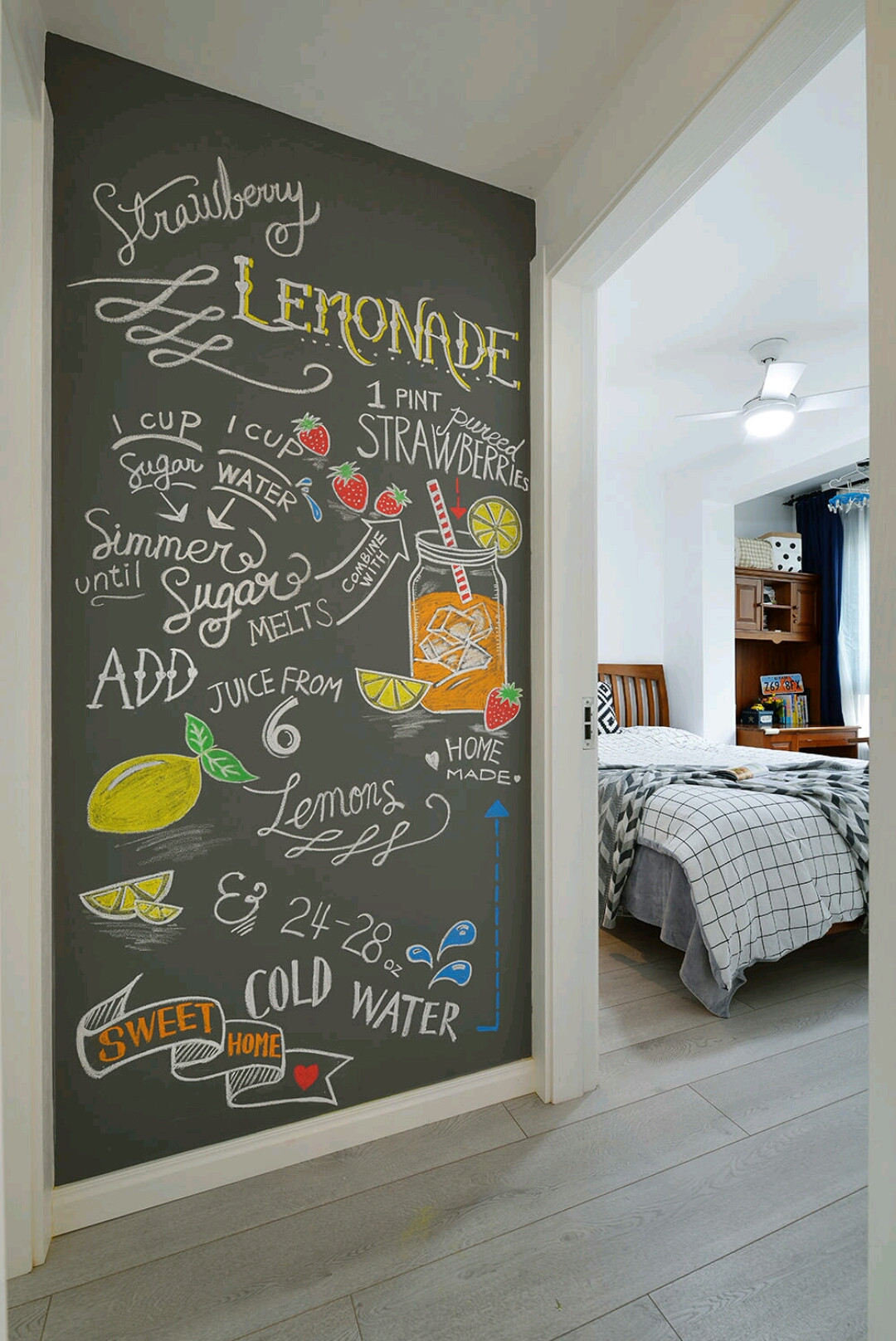北欧二居装修手绘墙图片