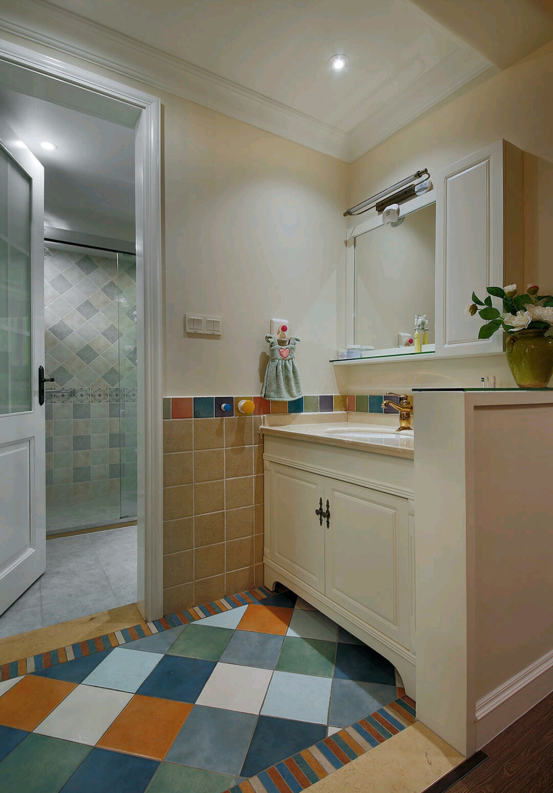 大户型休闲美式风装修卫生间图片