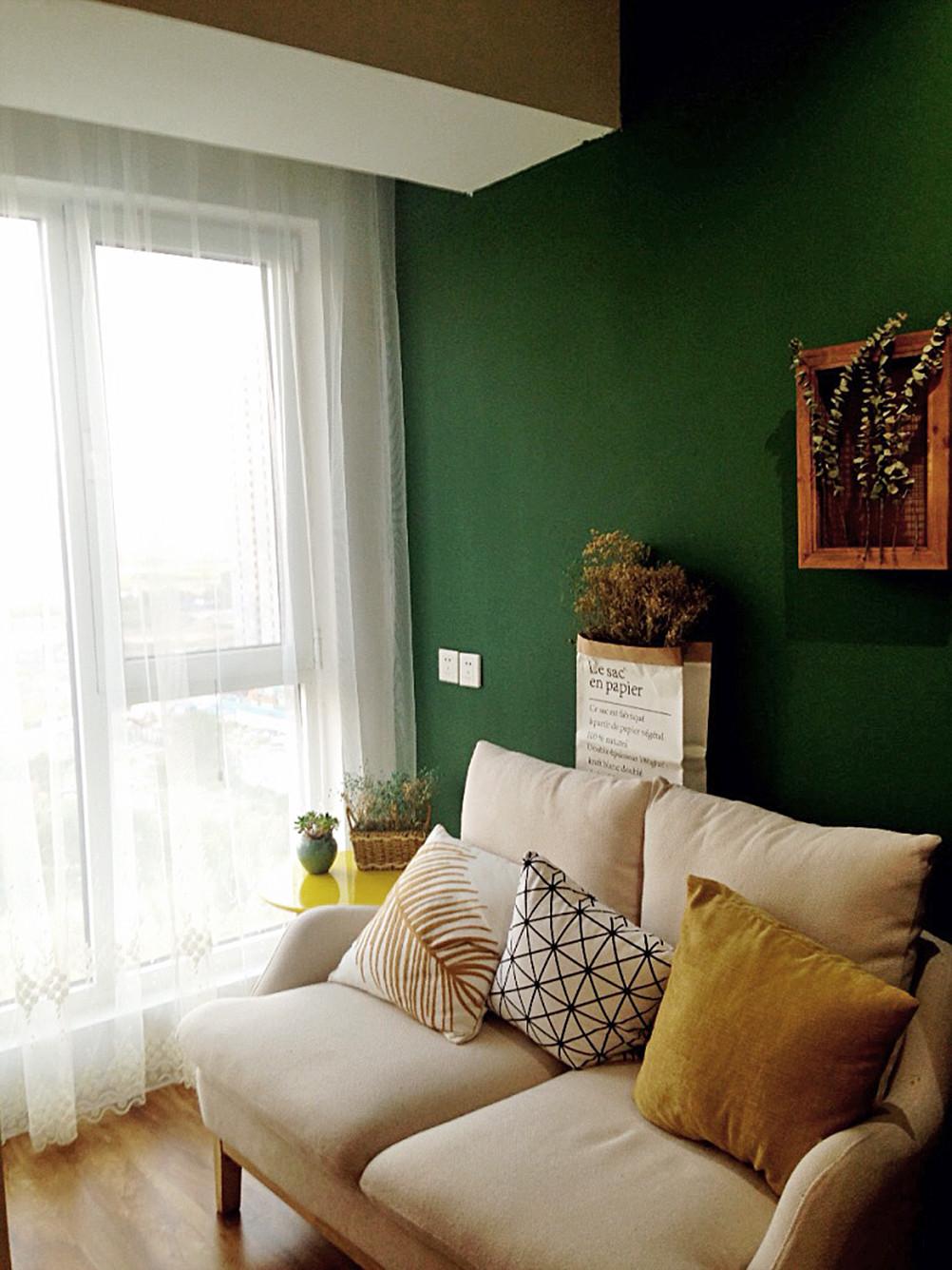小型工作室混搭装修沙发背景墙图片