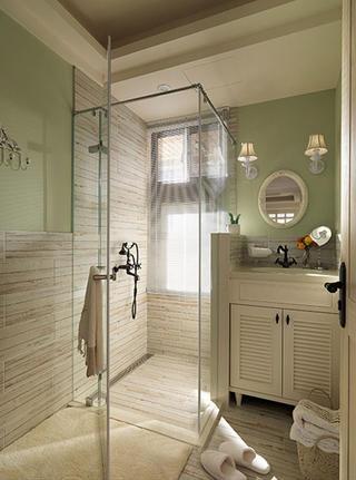 美式四居装修卫生间效果图