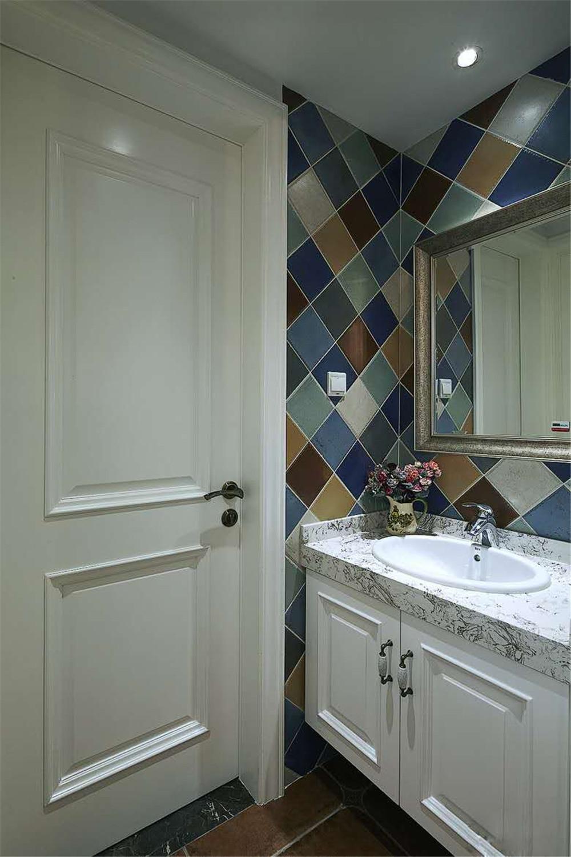 110平复古美式装修洗手台图片