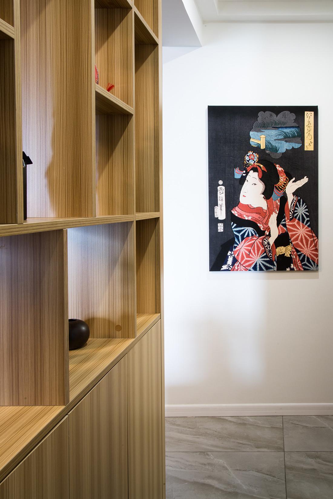 二居室日式风格家装饰画图片