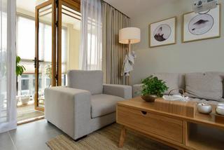 日式三居装修客厅一角