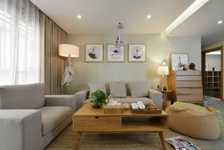 日式三居装修沙发背景墙图片