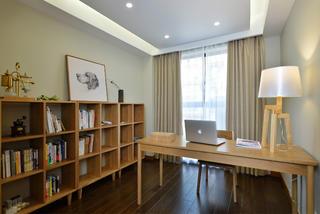 日式三居装修书房布置图