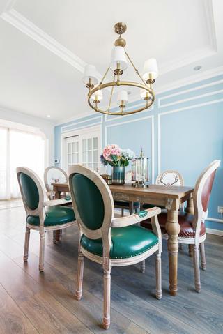 复式美式风格装修餐桌椅图片