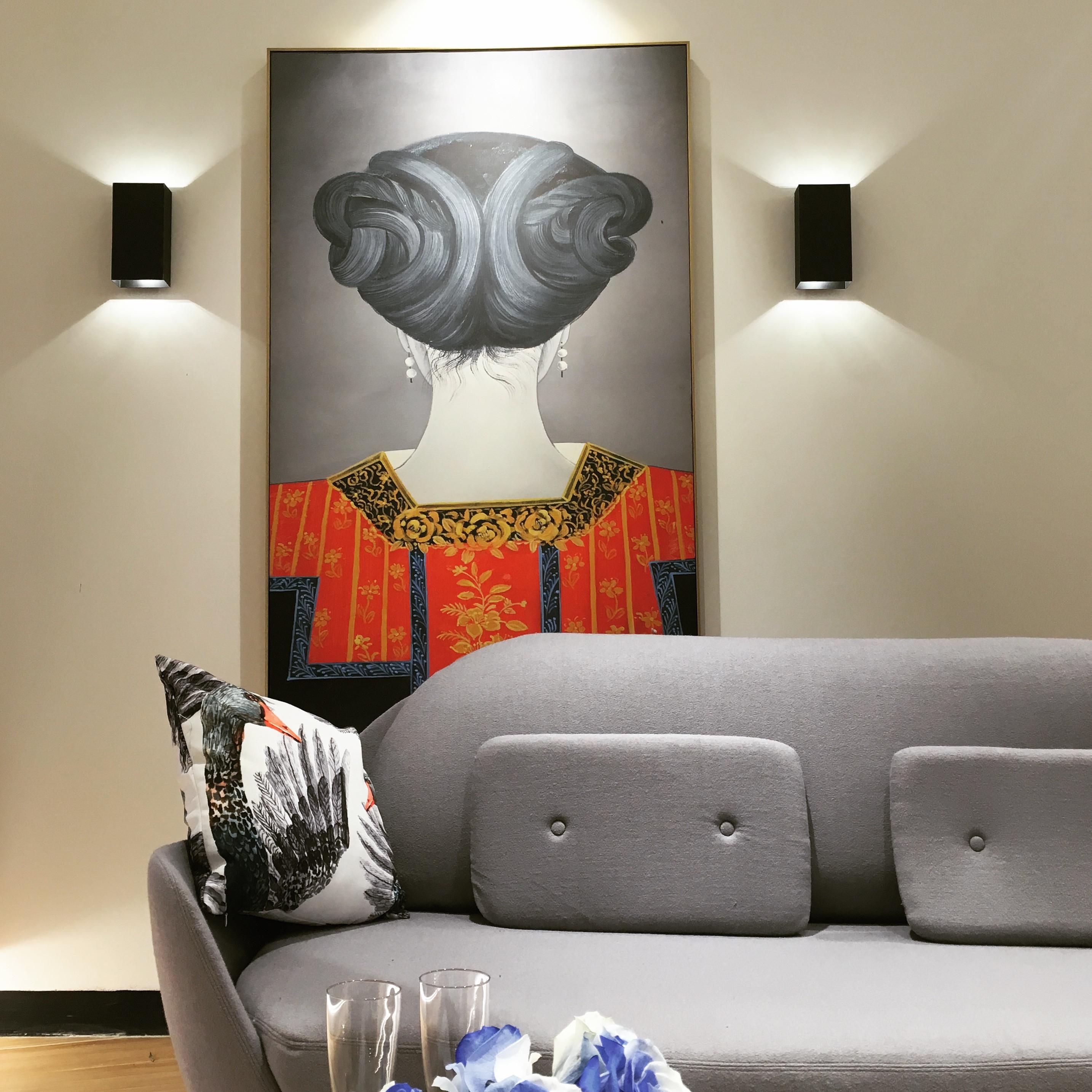 黑白灰调简约装修沙发背景墙图片