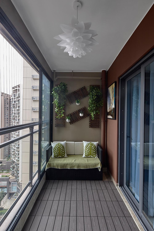 120平现代风格装修阳台设计图