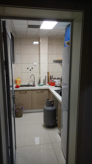 90平简约二居室装修厨房实景图