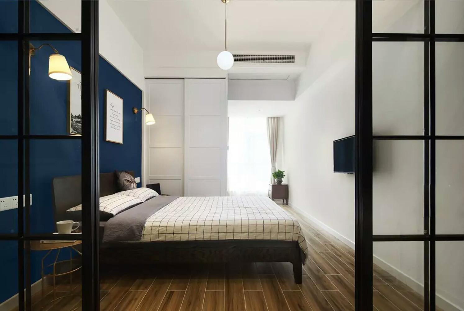 一居室小户型装修卧室搭配图