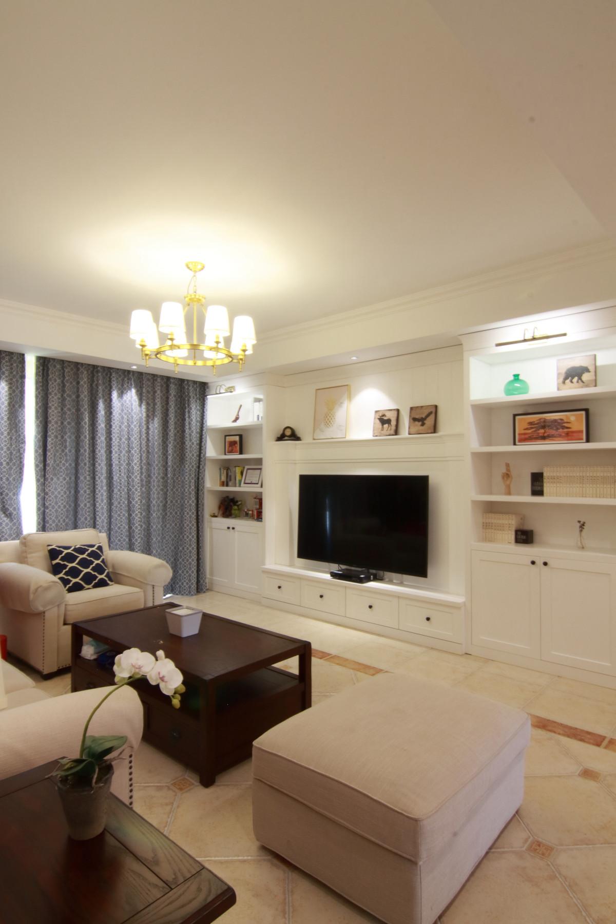 155平简美之家装修电视墙设计图