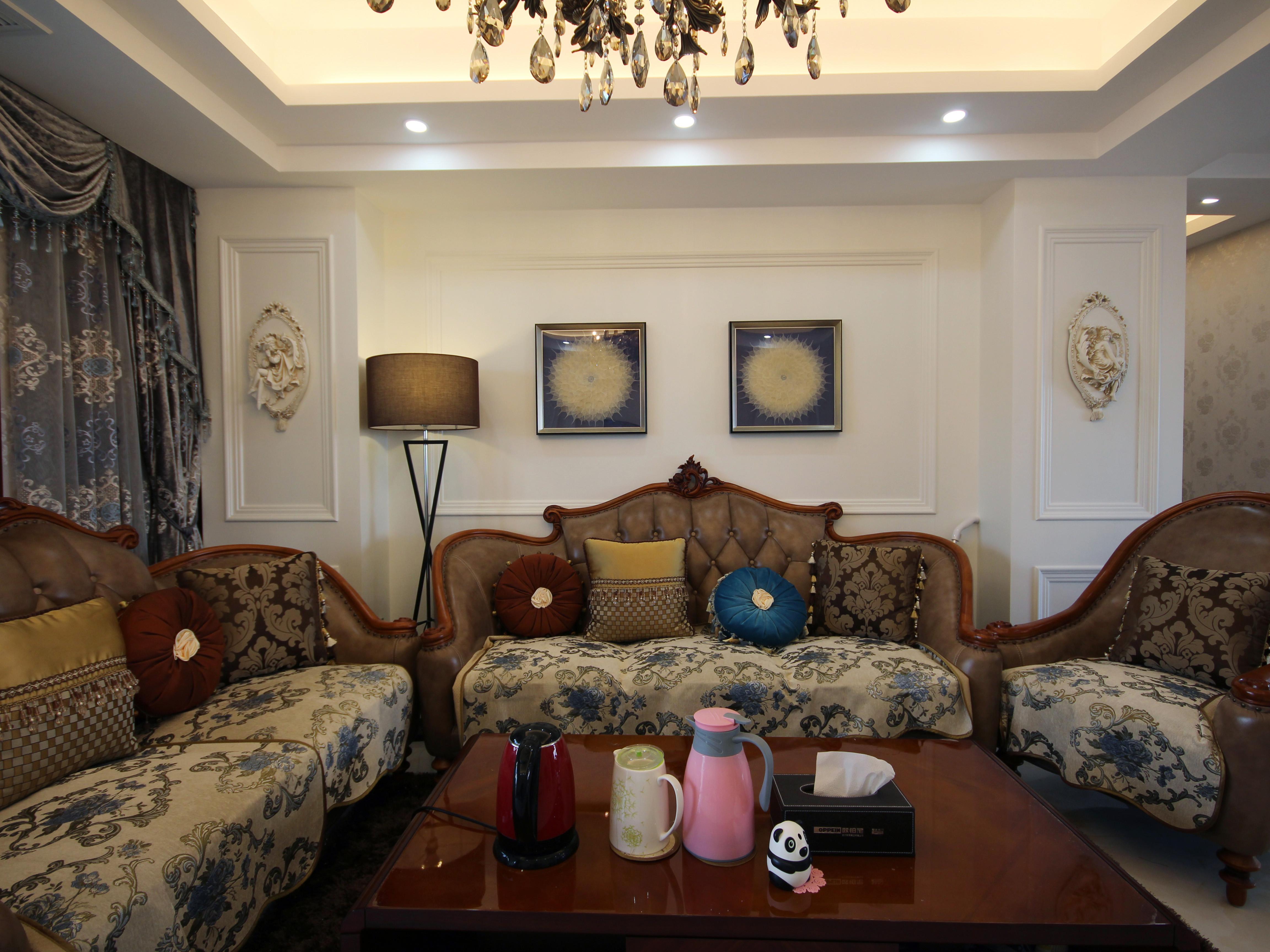 混搭三居室装修沙发图片