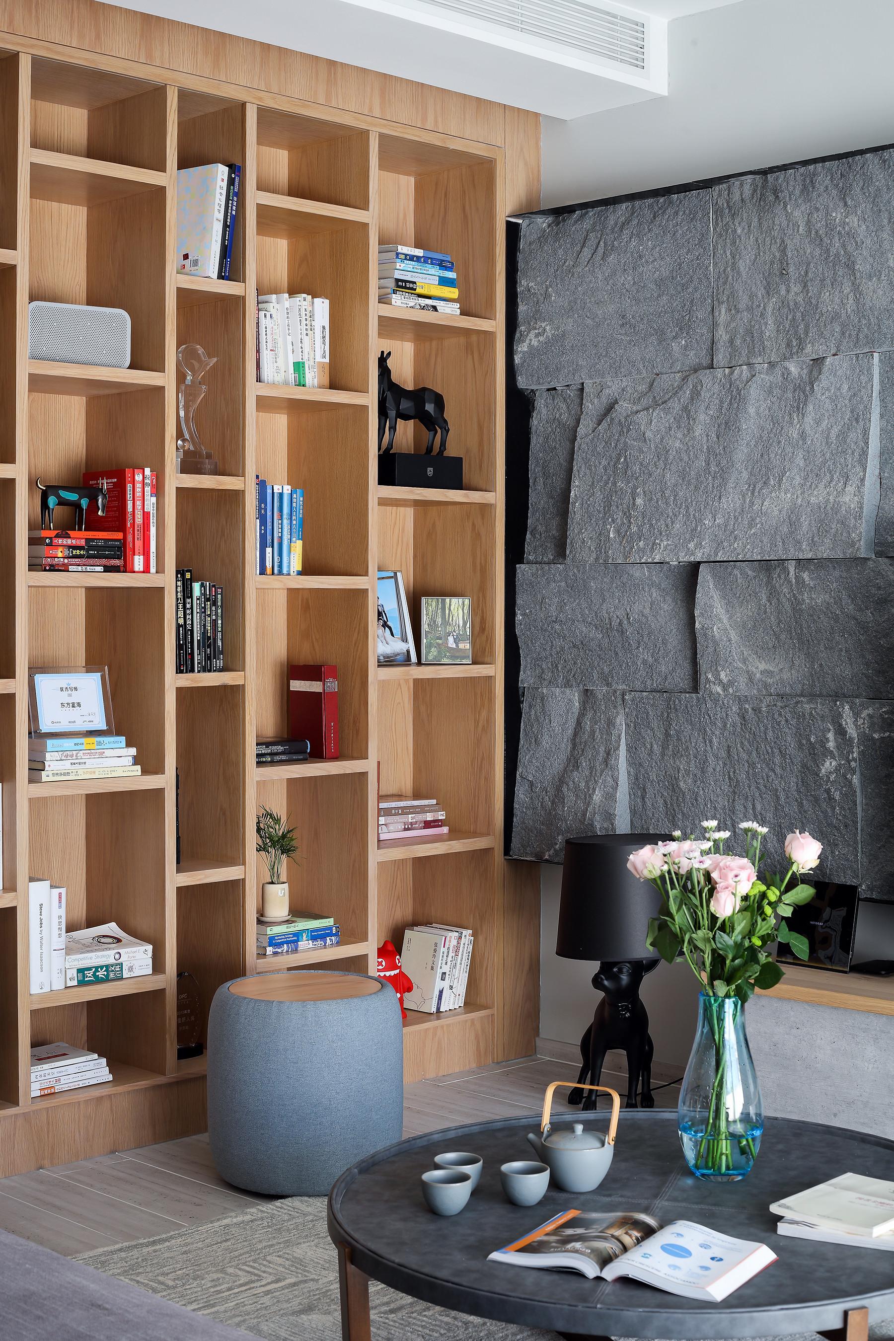 160平混搭三居装修书架图片