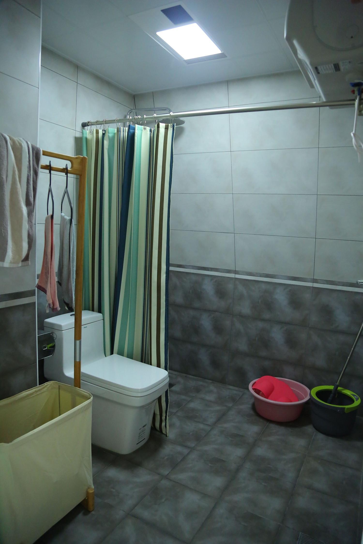 简约两居之家卫生间实景图