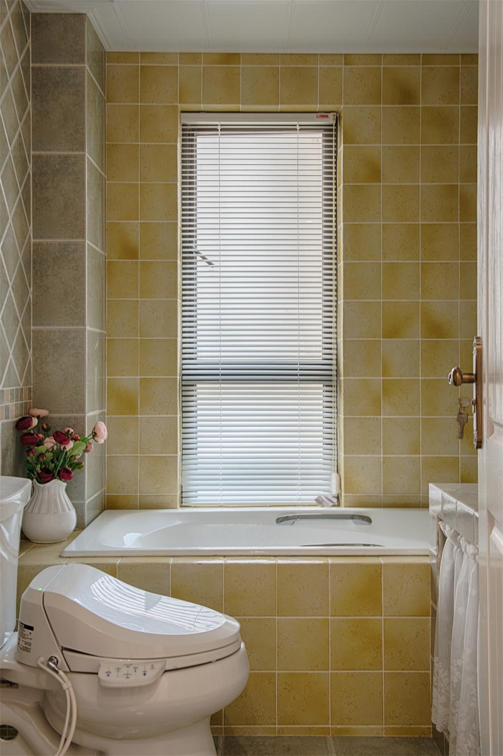 三居室美式空间浴缸图片
