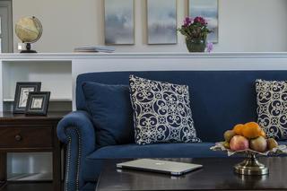 130㎡美式装修沙发抱枕图片