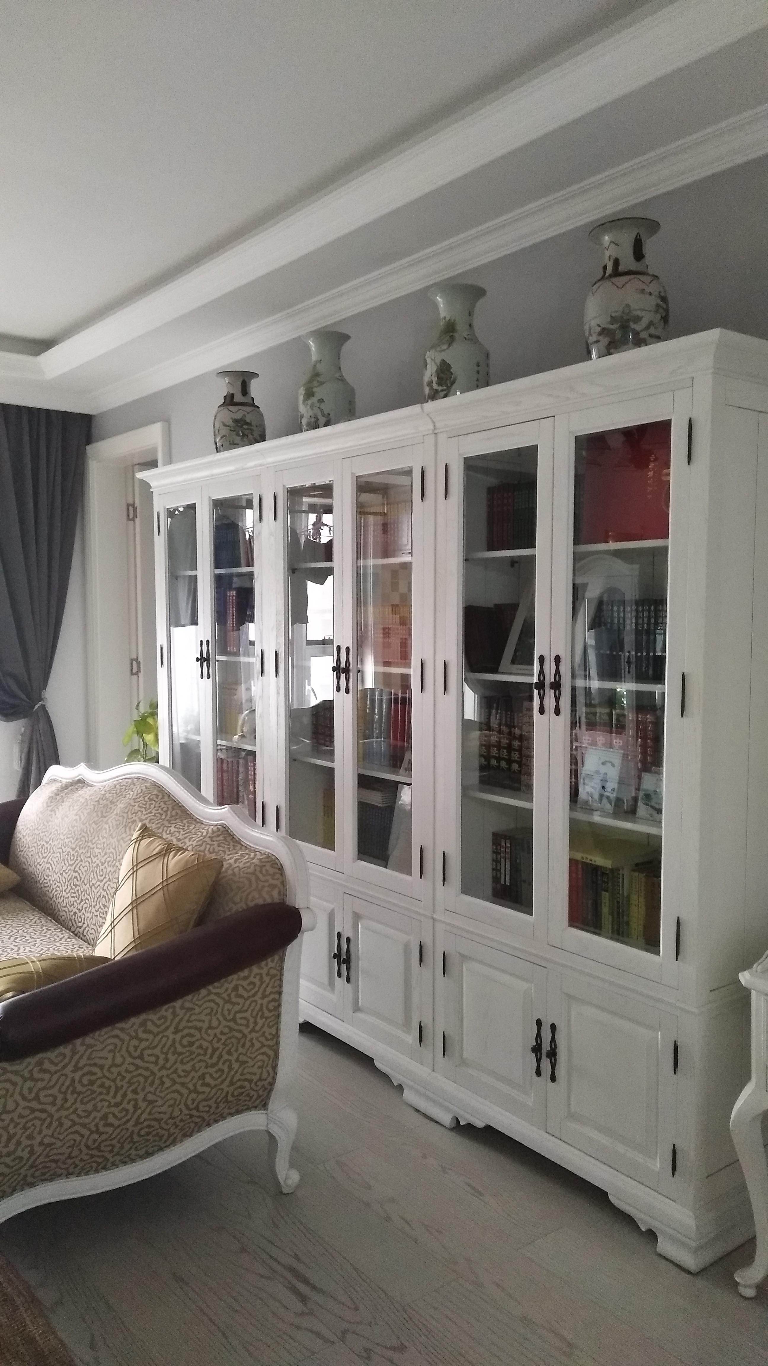 简约三居室装修书柜图片