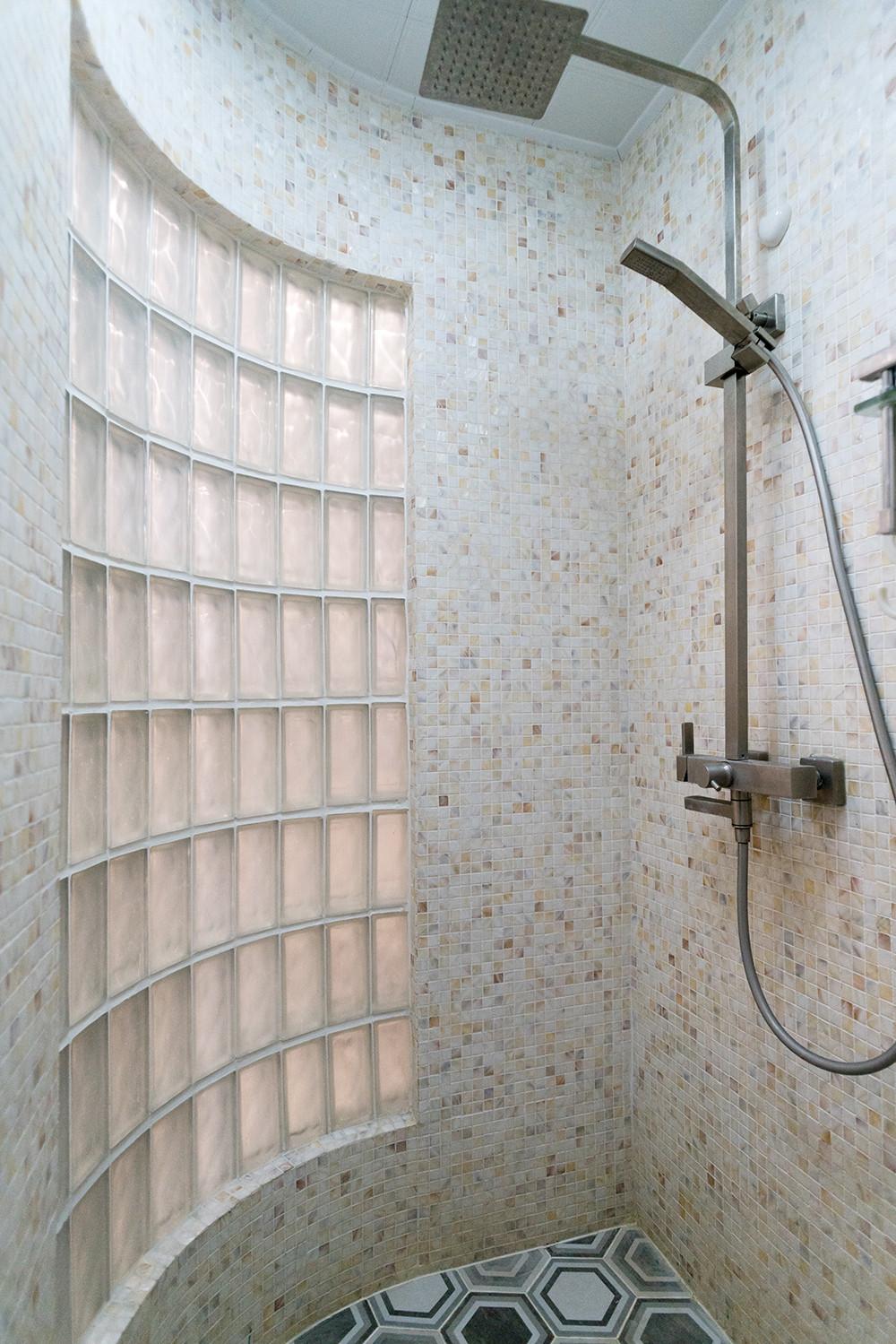 56平小户型装修淋浴房装潢图