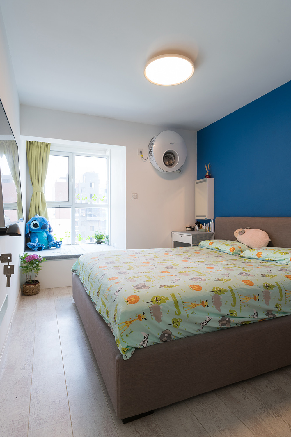 56平小户型装修卧室效果图