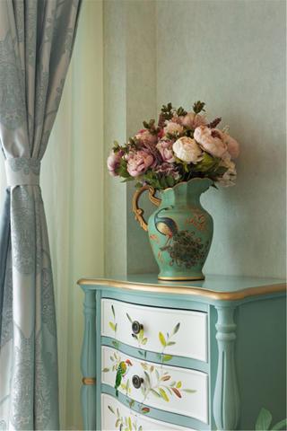 一居室田园风小家花瓶装饰