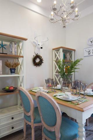 130㎡欧式风格家餐厅布置图