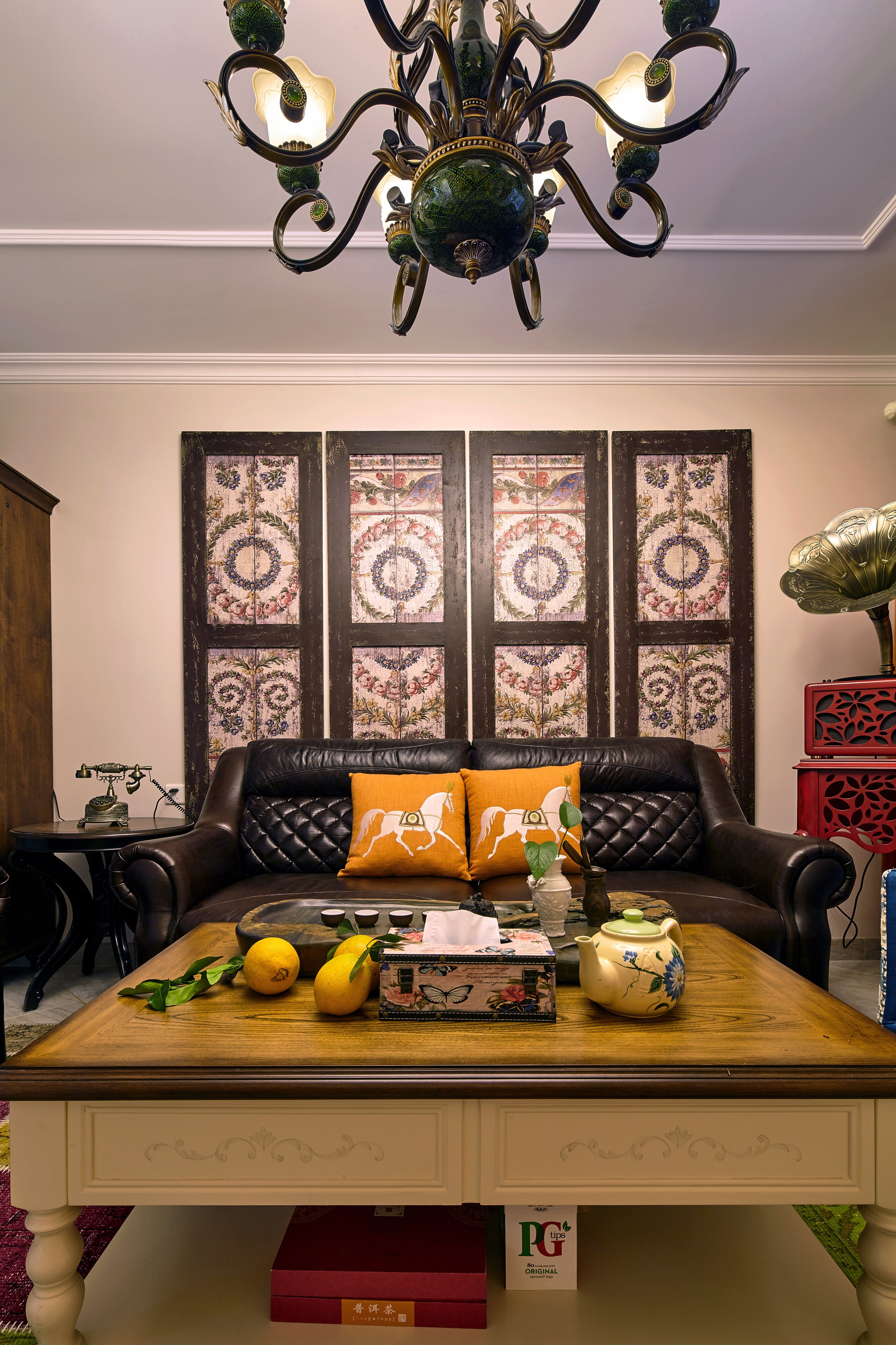 145㎡美式风格家沙发茶几图片