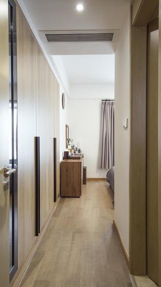 日式优雅清美四居装修卧室过道