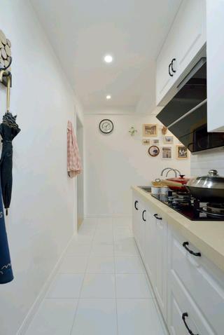 北欧二居室小户型装修厨房走道