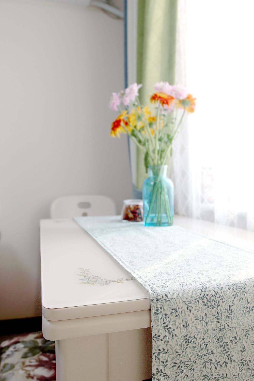 60平小户型装修餐桌图片