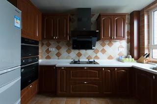 美式三居装修设计厨房效果图