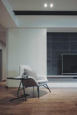 140平现代简约家装修电视墙一角