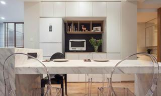 简洁北欧二居装修餐桌图片