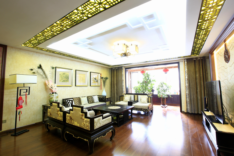 古典中式韵味装修客厅吊顶图片